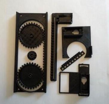 3. Materials required: 8 plastic parts